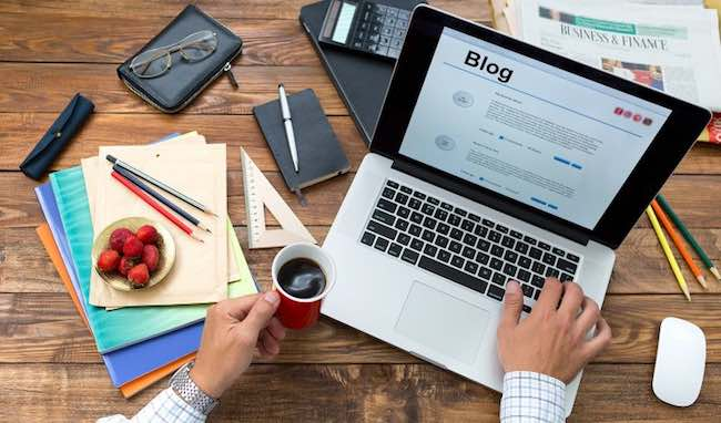 Should You Always Blog About Topics You Love?